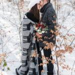 Prewedding φωτογράφιση στα χιόνια, alpine engagement photoshoot