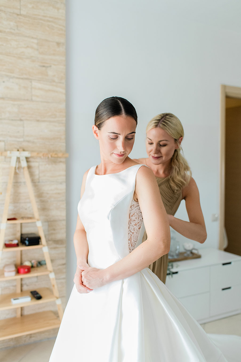 Gorgeous bride getting ready for an amazing destination wedding in athitos halkidiki