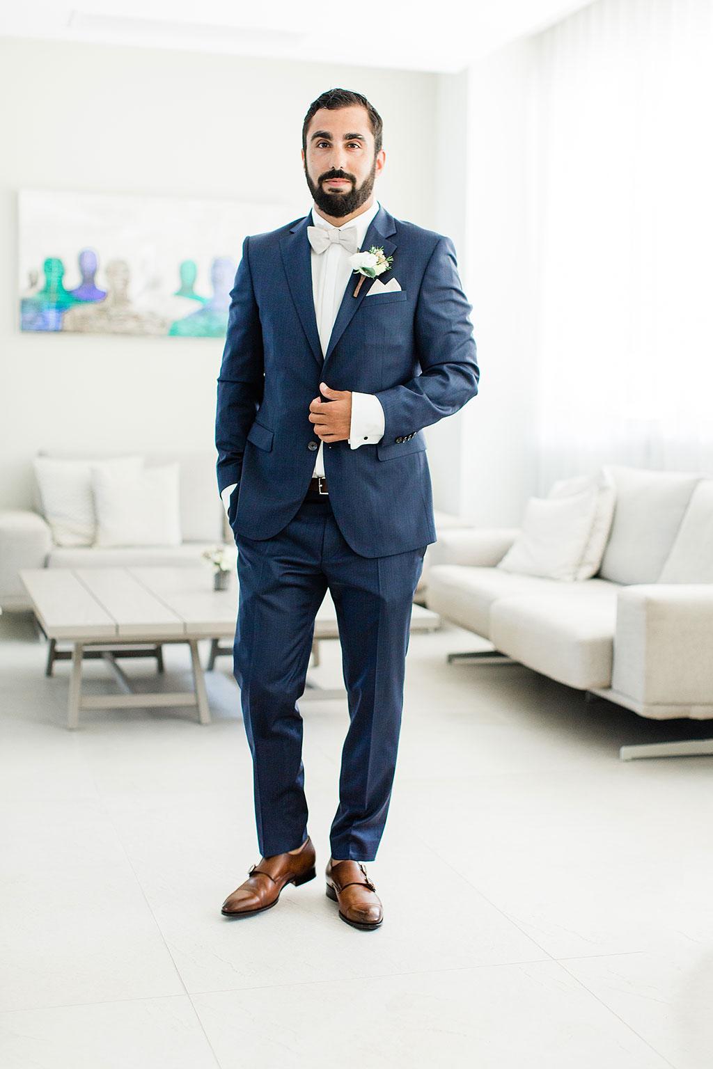 the groom is ready for the wedding, Φωτογράφος γάμου Χαλκιδική
