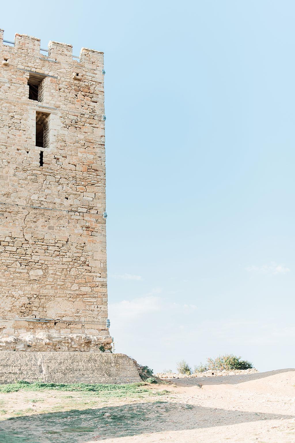 Φωτογραφία γάμου Χαλκιδική, the old tower at Nea Fokea Halkidiki